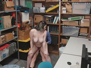 Big Boobs Babe Amilia Onyx Banged By LP Officer On Table