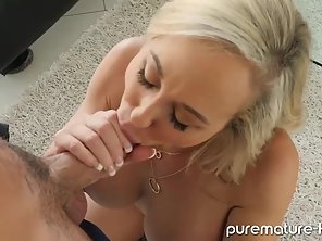 Blonde MILF Big Boobs Got Licked Her Pussy Then Deep Slammed On Dorm Room Couch